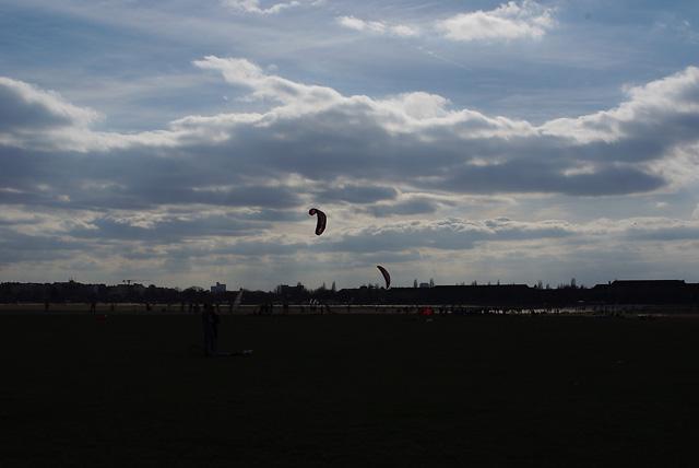 IMGP3290_kites2