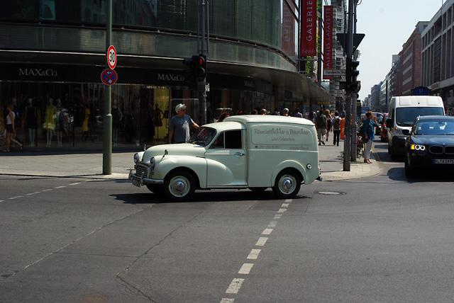 IMGP4120_oldtimer-lieferwagen-friedrichstrasse_3