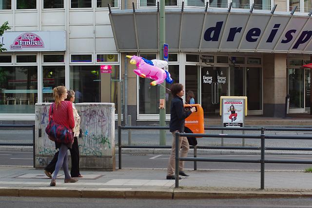 IMGP4413_einhorn-luftballon