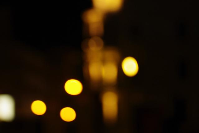 IMGP6123_citylights-gelborange