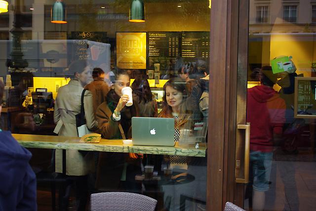 IMGP6263_kaffee-macbook-starbucks