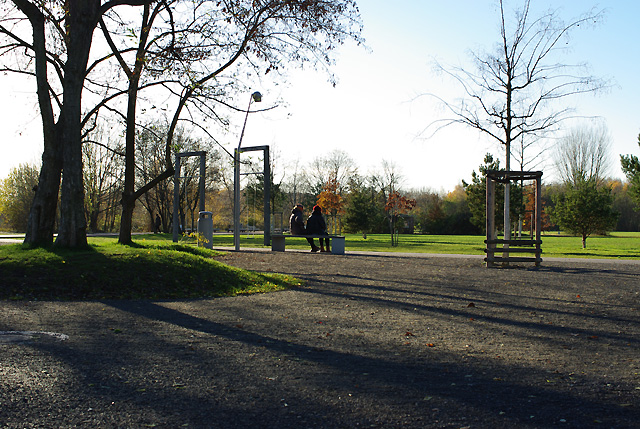 IMGP6798_gleisdreieckpark-2-auf-bank