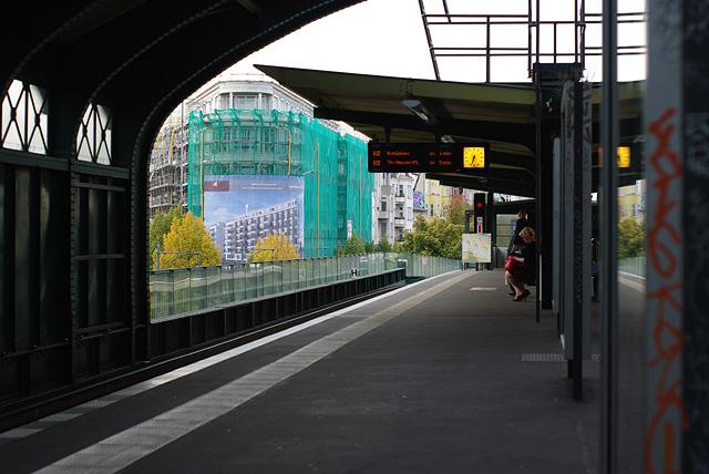 IMGP8766_u-bahn-station-eberswalder-strasse