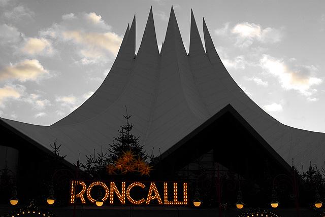 IMGP9352_roncalli-tempodrom_B