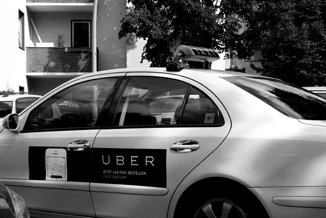 IMGP10089_uber-taxi-taxiwerbung
