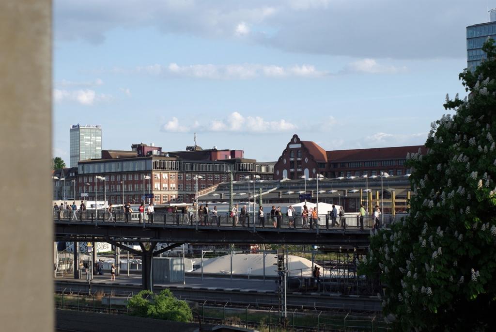 IMGP10338_uebergang-sbahn_B