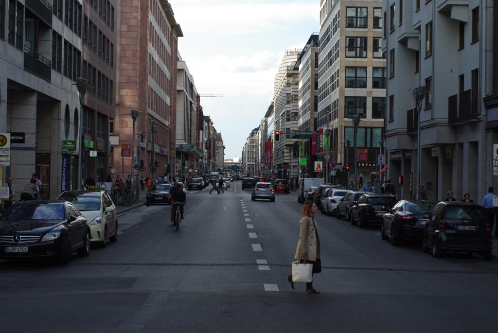 IMGP10412_friedrichstrasse-stadtmitte-rtg-norden