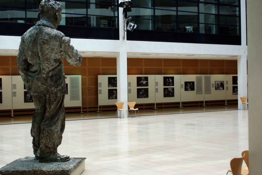 IMGP10544_ausstellung-whb-foyer