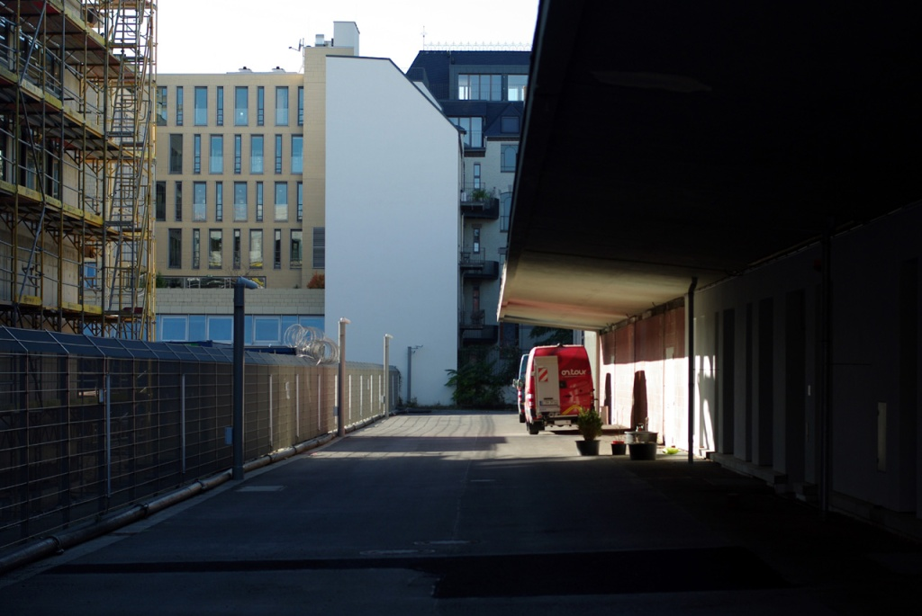 imgp10683_zufahrt-schatten-tunnel_b